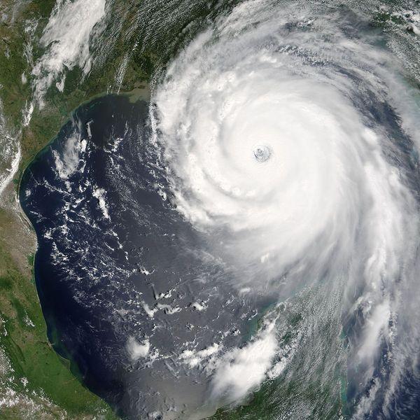 Hurricane Katrina Essay Examples