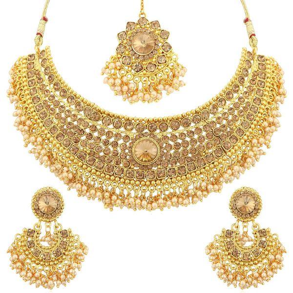 Jewellery Essay Examples
