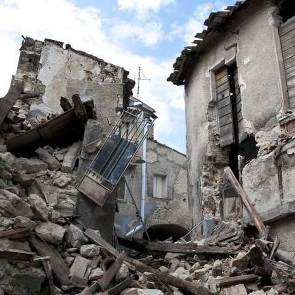 Natural Disaster Earthquake Essay Examples