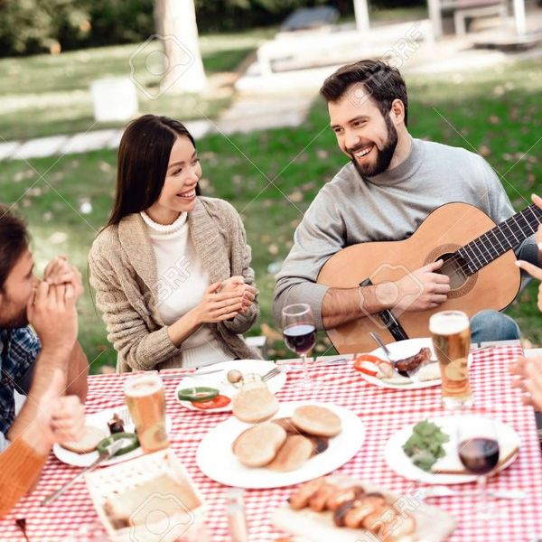 Picnic With Friends Essay Examples