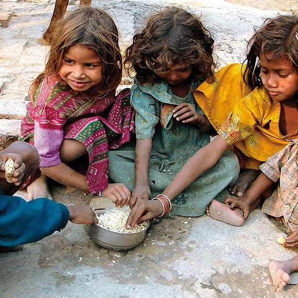 Poverty Essay Examples