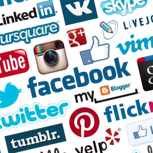 Social Websites Essay Examples