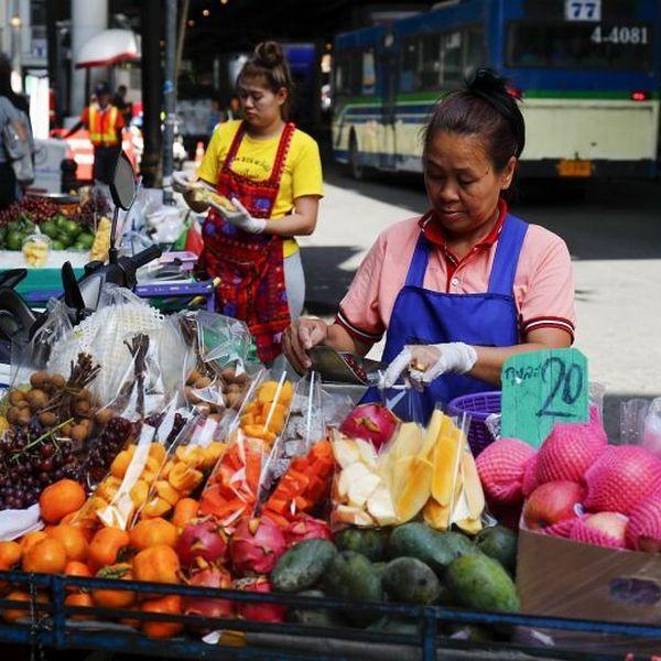 Street Vendors Essay Examples